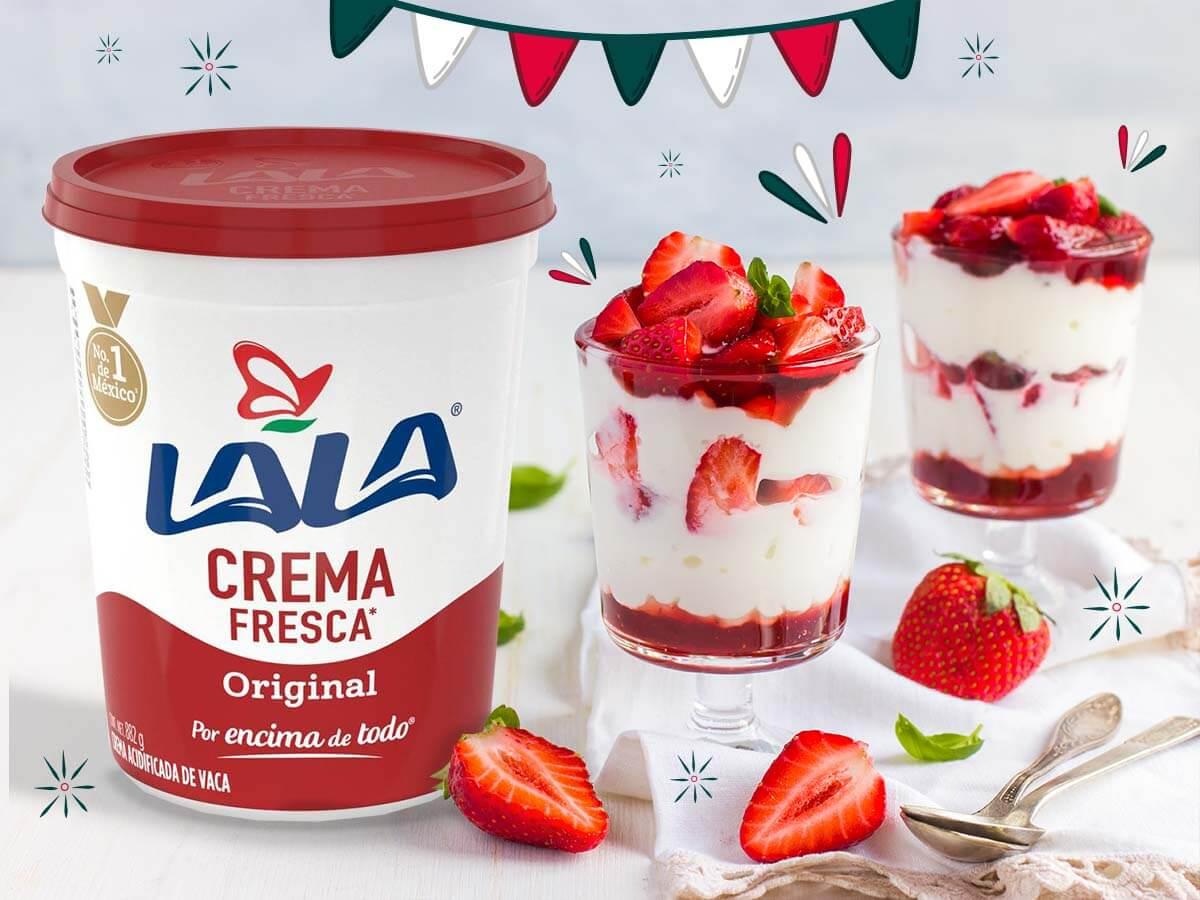 Crema-Acida-Lala-En-La-Mesa-Mexicana