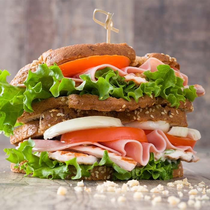 Sandwich Jamones Y Quesos Members Mark